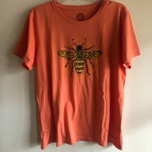 Life Is Good coral bee tee